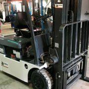 2004-Nissan-3-Wheel-Electric-Forklift-3