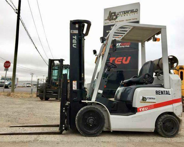 2017-TEU-FCG25T-Cushion-Tire-Forklift1