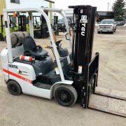 2017-TEU-FCG25T-Cushion-Tire-Forklift4